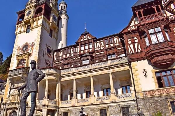 peles royal castle outside view
